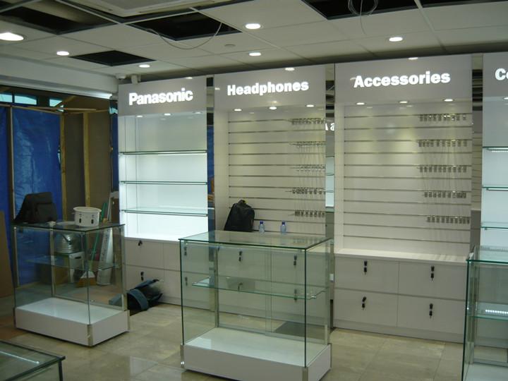 Omni Store At Curacao Airport Shanghai Lonu Displaying